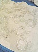 シャンデリアの清掃の洗浄後の部材